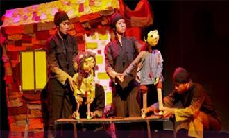 페이퍼문 인형극단 공연모습